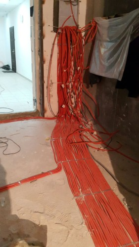 Электромонтажные работы в вашей квартире.
